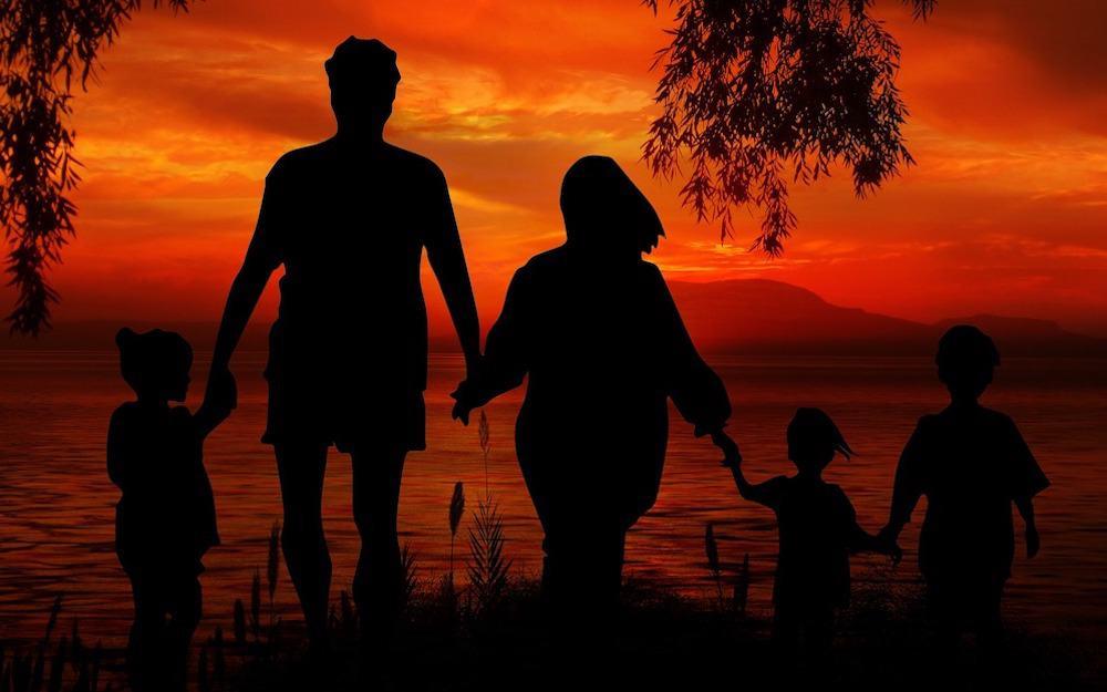 peticion familiar hijos a padres